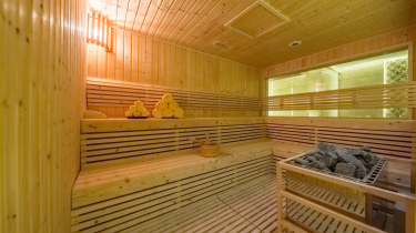 SAUNA & STEAM